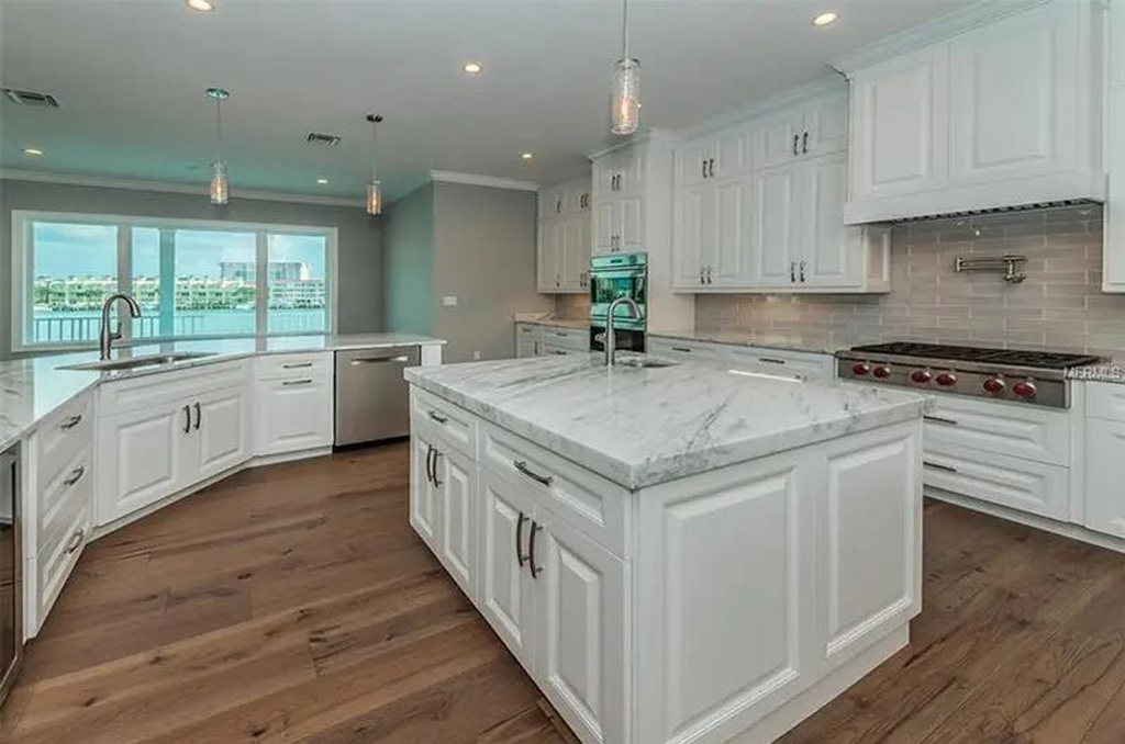 159-Bayside-Drive-Clear-Water-Beach-FL-33767-kitchen