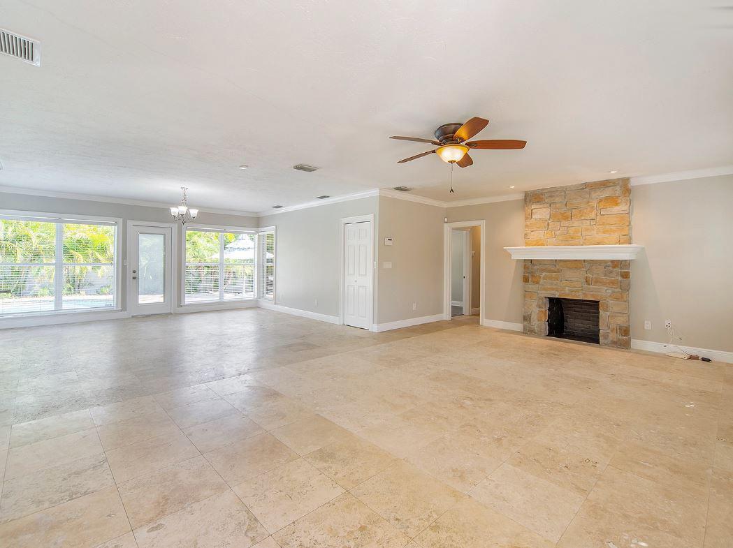 1727-Magnolia-Rd-Belleair-FL-33756-living-room