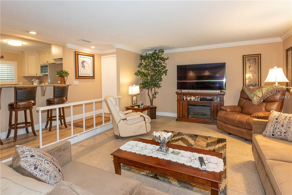 311-Island-Way-Way-101-Clearwater-FL-33767-living-room