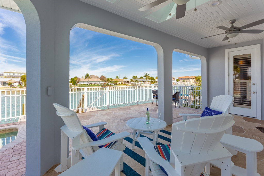400-Palm-Is-SE-Clearwater-FL-33767-patio
