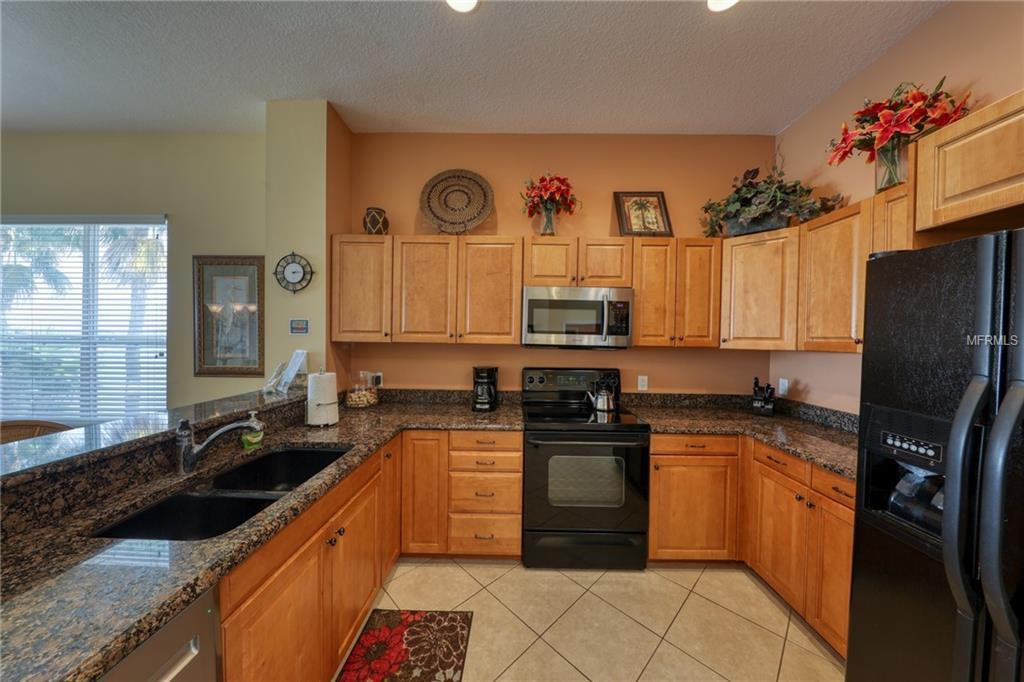692-Bayway-Blvd-APT-405-Clearwater- FL-33767-kitchen