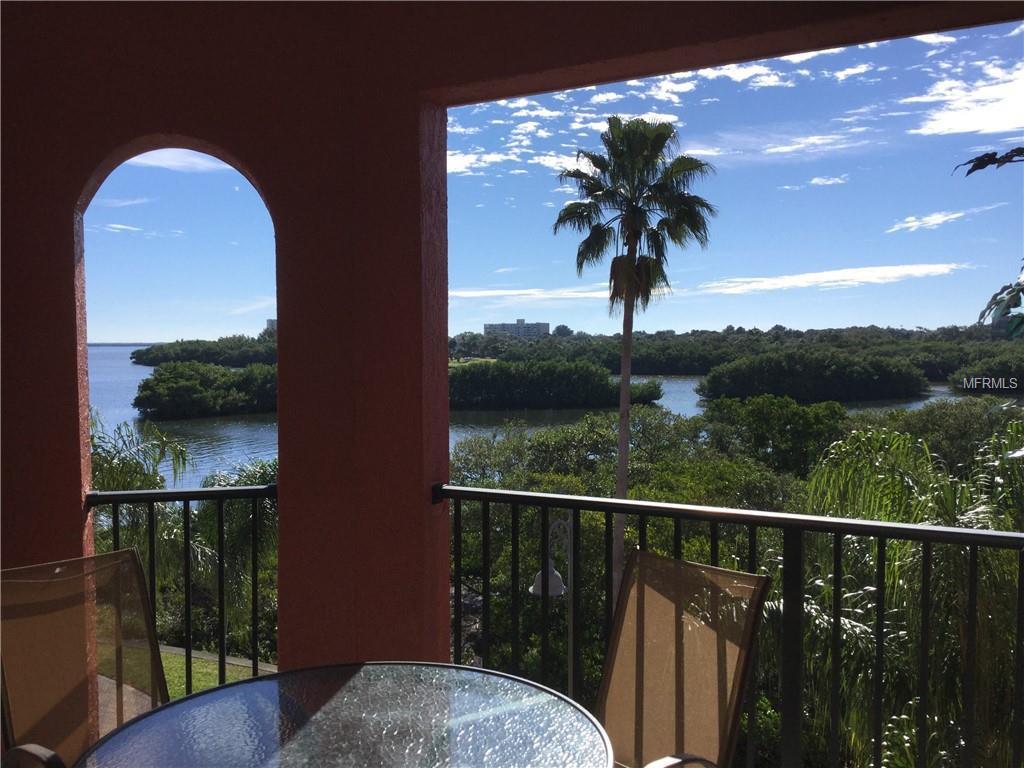 Grand-Venezia-Baywatch-Condominiums-2731-Via-Capri-Clearwater-FL-33764-balcony