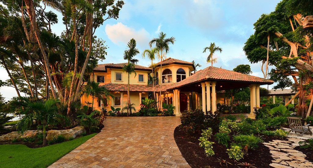 st-petersburg-executive-home-for-sale-florida