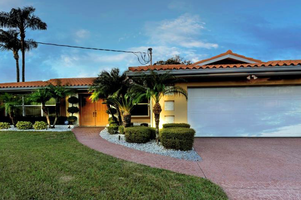 Pelican Country Club House for Sale 666 Poinsettia Rd Belleair Florida 33756
